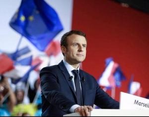 마크롱 프랑스 대통령, 美 트럼프 비꼬는 트윗 화제