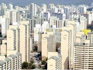 새 정부 한달, 서울 아파트값 들썩…거래도 증가