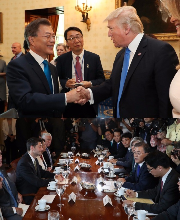 문재인 트럼프 악수 /워싱턴=청와대사진기자단 허문찬 기자 sweat@hankyung.com