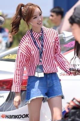 구새봄 아나운서, '서킷 밝히는 눈부신 미모~'
