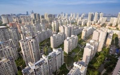 '한 방' 없었던 부동산 대책…은행·건설株 여전히 '맑음'