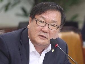 """김태년 """"부동산 이상과열 조기대처…어떤 경우도 투기는 안돼"""""""