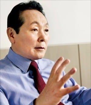 김학송 도로공사 사장이 지난 7일 전격 사의를 표명했다. / 사진=한경 DB