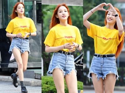 박보람, 명품 구X 벨트로 멋부린 택배소녀