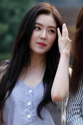 레드벨벳 아이린, '오늘도 활짝 핀 미모~'