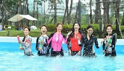 시원하게 물놀이 즐기는 '2017 미스코리아'