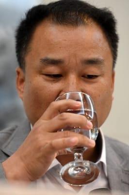 '전망 좋은 집' 이수성 감독, '목이 탄다'
