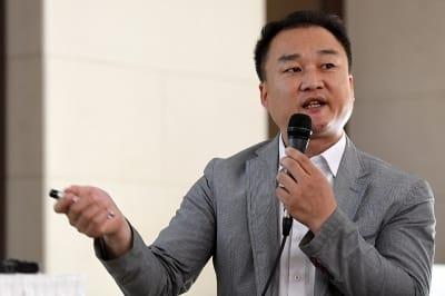 '전망 좋은 집' 이수성 감독, '곽현화와 가슴 노출 사전 동의했다'