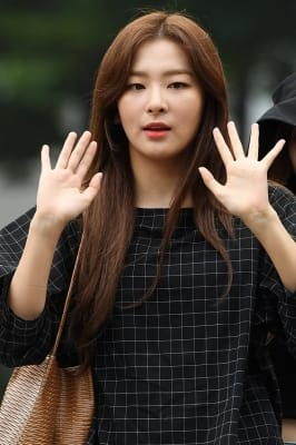 레드벨벳 슬기, '무쌍 눈매가 매력'