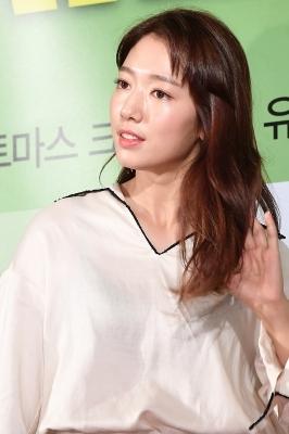 박신혜, '우아한 모습에 시선강탈~'