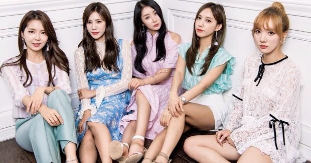걸그룹 스텔라의 효은(맨 왼쪽부터), 전율, 가영, 소영, 민희