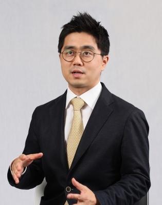 """ETF 투자, 선택 아닌 필수""…전문가가 주목한 ETF"