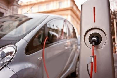 전기차 시장 성장에…질주하는 부품주