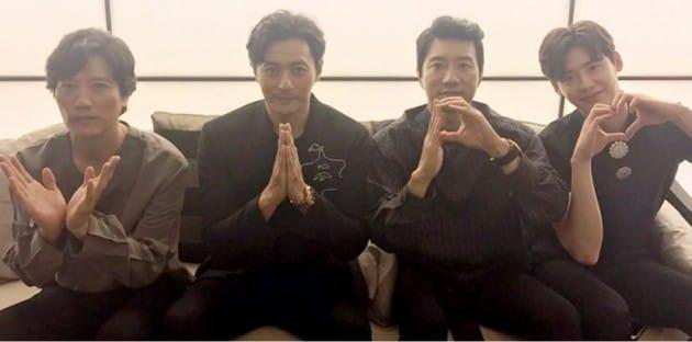 브이아이피, 개봉 첫날 예매 1위…장동건 등 주연배우들 특별 직찍 공개