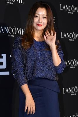 김희선, '세월 거스르는 동안 미녀'