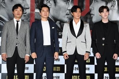 베니스영화제 고사한 '브이아이피'…미친 연기의 신세계로 초대