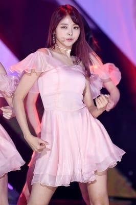 프리스틴 나영, '시크한 눈빛~'