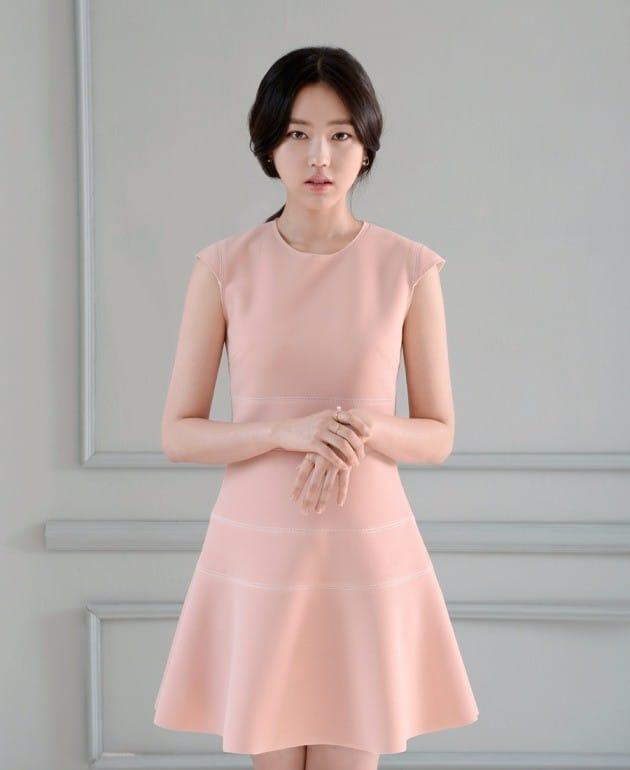 배우 최리 / 사진출처=UL엔터테인먼트, 레진엔터테인먼트