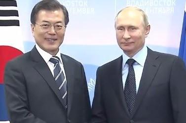 문재인 대통령, 푸틴 러시아 대통령 / 방송화면 캡처