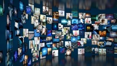 LCD서 OLED로 이동하는 디스플레이 시장…OLED株 '주목'