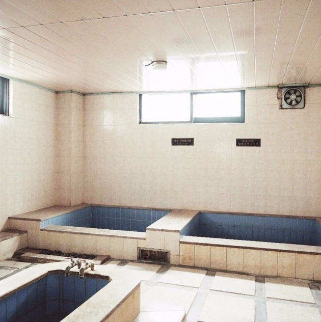 공사가 시작되기 전 삼청동 코리아 목욕탕의 마지막 모습_사진 강형신 대표