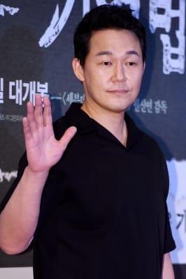 박성웅, '무표정 카리스마'