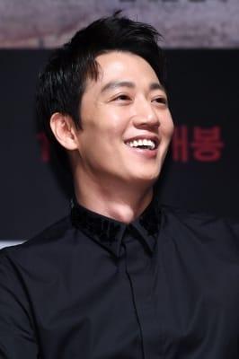 김래원, '기분 좋은 미소'
