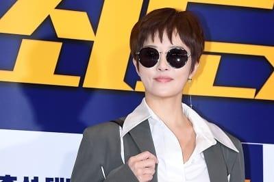 김선아, '선글라스 쓰고 아름답게~'
