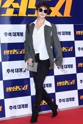 김선아, '우아함 돋보이는 등장~'