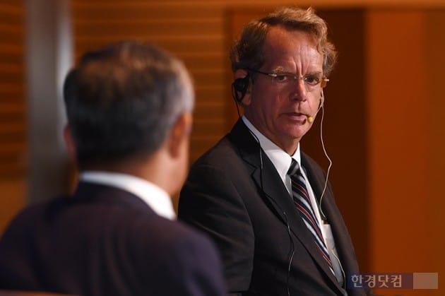 존 체임버스 전 S&P 국가신용등급평가위원회 의장 / 사진=최혁 기자