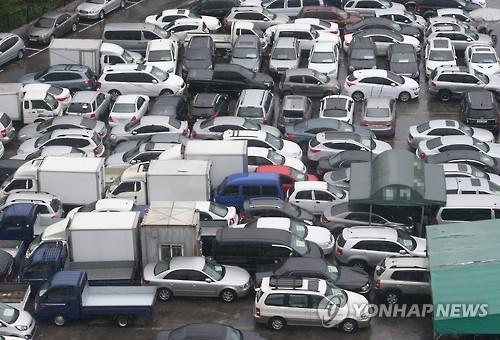 끊이지 않는 중고차 불법 매매… '딜러 자격제' 도입해야 | 경제 | 한경닷컴