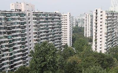 서울 재건축 아파트값 6주만에↑… 8·2 대책후 처음