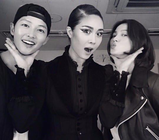 (왼쪽부터) 송중기, 옥주현, 송혜교 / 사진=포트럭 SNS 캡처