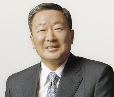 구본무 LG 회장, 총기사고 병사 유가족에 사재 1억원 쾌척