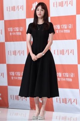이연희, '블랙 원피스 입고 단아하게~'