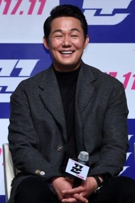 박성웅, '웃으며 살아요'