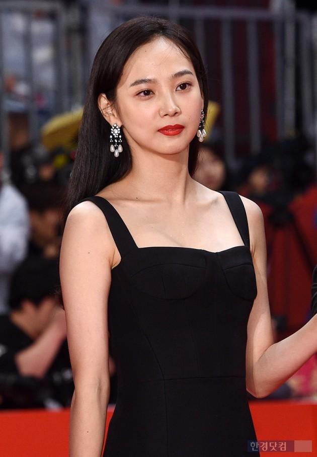 [포토] 윤승아, '열일하는 미모~' (부산국제영화제)