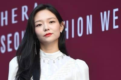 이솜, '감탄을 부르는 아름다운 모습' (2018 S/S 서울패션위크)