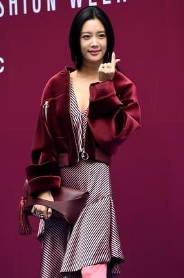클라라, '사랑스럽게 하트~' (2018 S/S 서울패션위크)
