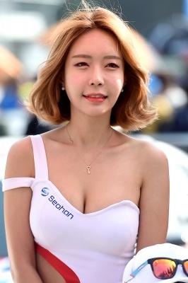 레이싱모델 민다흰, '아름다운 미소~'