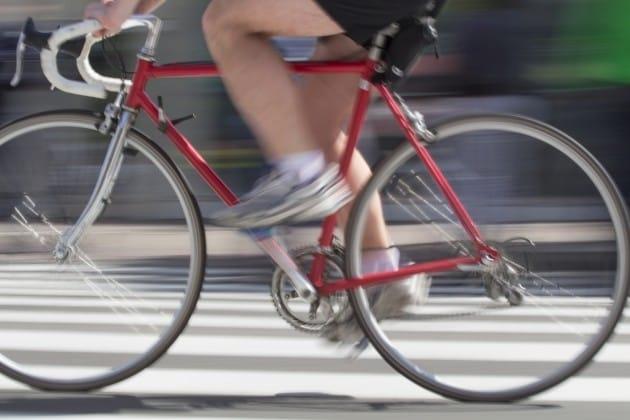 사진=게티이미지뱅크 자전거 타고 횡단보도 건너다 사고 과실 있다 /사진=게티이미지뱅크 제공