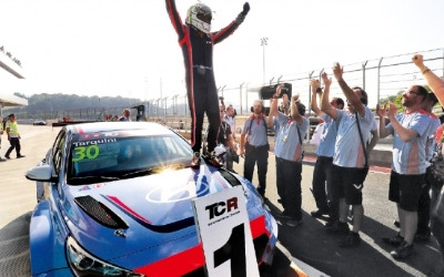 현대자동차 i30 N TCR 첫 출전서 우승