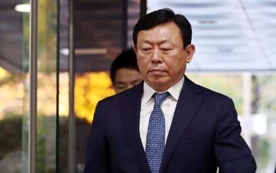 검찰 '경영비리' 롯데 신동빈 징역 10년 구형… 12월22일 선고