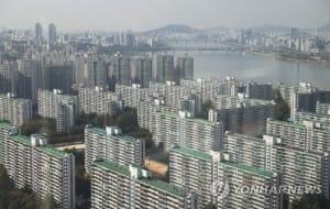 '대출 강화에 금리 인상까지'…수도권 아파트 시장 싸늘