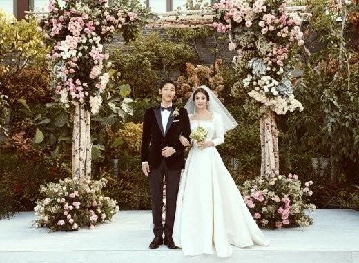 송중기 송혜교 결혼 사진 /블러썸엔터테인먼트·UAA 제공