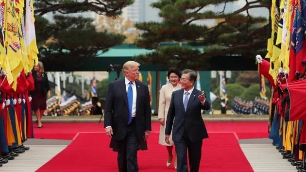 문재인 대통령과 도널드 트럼프 미국 대통령 / 사진=청와대 공식 트위터 갈무리