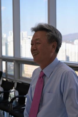 """오춘택 엠플러스 대표 """"기술자들의 경영시대가 왔다"""""""