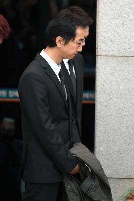 故 김주혁 발인, 마지막 길 배웅하는 유호진 PD