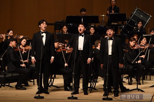 왼쪽부터 서준호 씨(베이스), 최문영 씨(테너·소울플레이어), 전지원 씨(테너·소울플레이어). 최혁 기자
