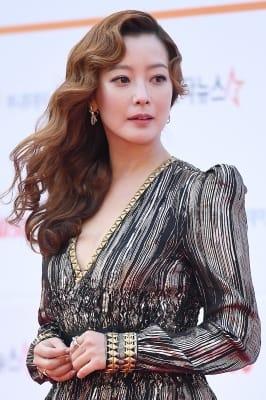 김희선, '아름다워~' (AAA 시상식)